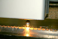 automated-laser-cutting_small-photo01